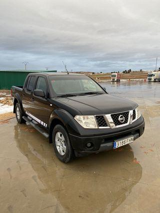 Nissan Navara 2.5 pickup