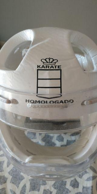Casco karate Kumite