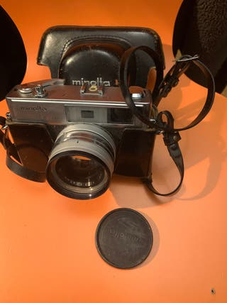 Maquina de fotografiar Minolta antigua