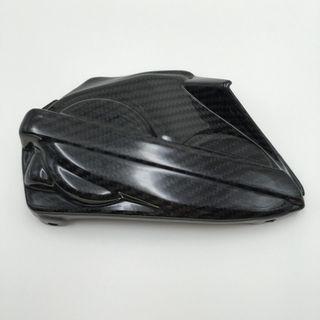 Tenemos TAPA MOTOR DUCATI PANIGALE 899 CARBONO