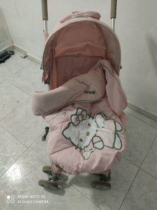silla de paseo Hello Kitty con saco invierno