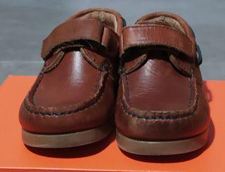 zapatos piel niño de Tizzas