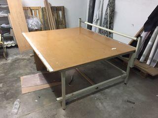 Mesa para cortar telas