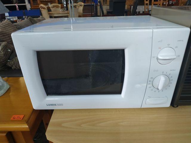 Microondas - Microwave LUNIK 250 20€