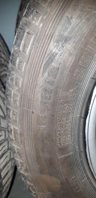 Neumáticos y llantas Seat 600