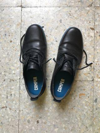 Zapatos sport camper
