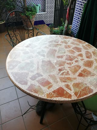 mesa de jardín y 4 sillas