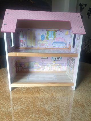 se vende casita de muñecas madera