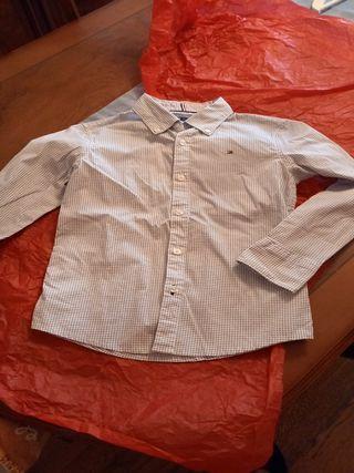Tommy Hilfiger. Camisa.