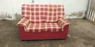 sofa 2 plazas tapizado a cuadros