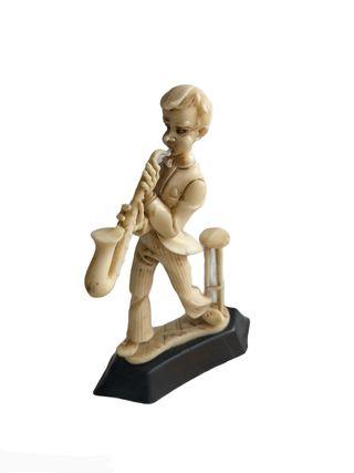 Pequeña figura italiana musico trompeta Figura so