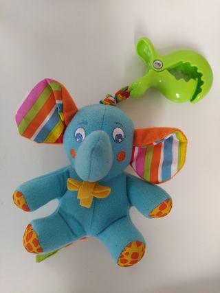 elefante de juguete