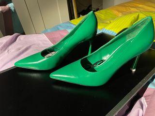 Zapato stiletto Zara nuevo