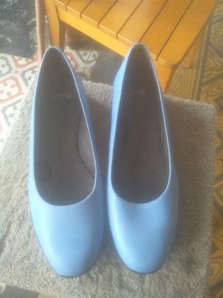Zapatos Camper nuevos. talla 38