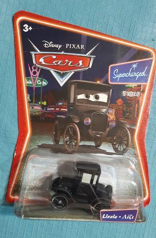 Coche Lizzie de la película Cars.