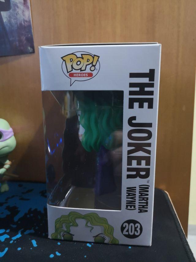 Funko pop Joker (Martha Wayne Flashpoint).