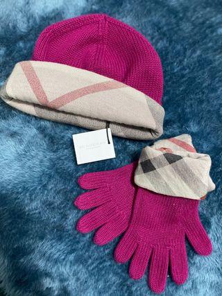 Gorro y guantes Burberry