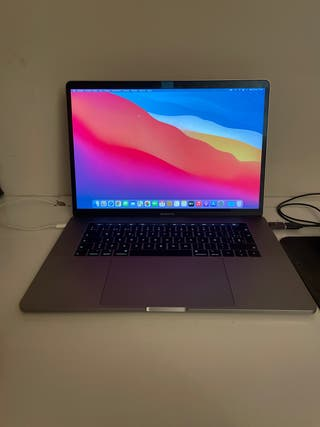 "MacBook Pro 2018 Touch Bar 15.6"" Retina"