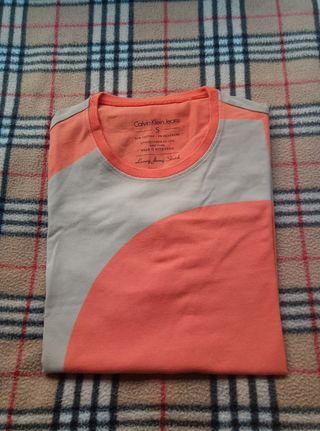 Camiseta CALVIN KLEIN S POR ESTRENAR