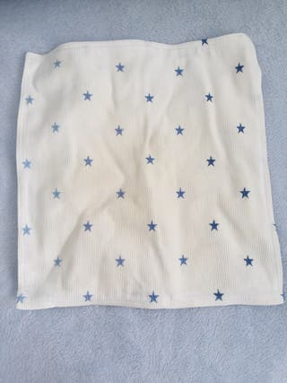 Cojín estrellas azules Zara home