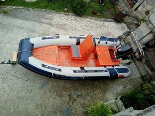 Barca semirrígida selva