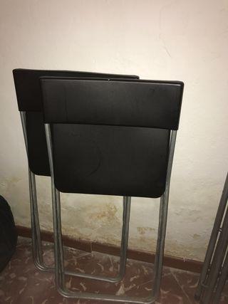 Sillas negras Ikea plastico