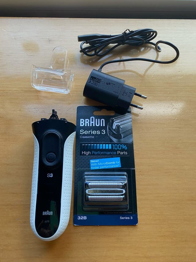 Afeitadora Braun serie 3 3020s