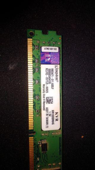 memorias RAM DDR3 4gB cada una