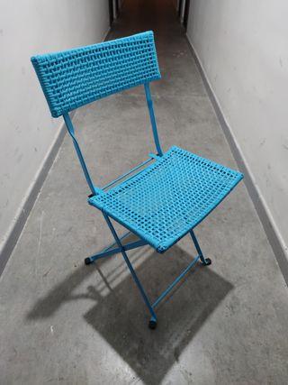 Silla azul plegable para escritorio de Ikea