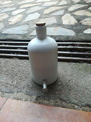 Frasca cristal lacada con grifo dosificador