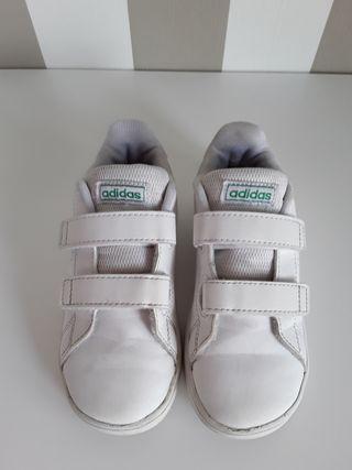 Zapatillas blancas Adidas n 27