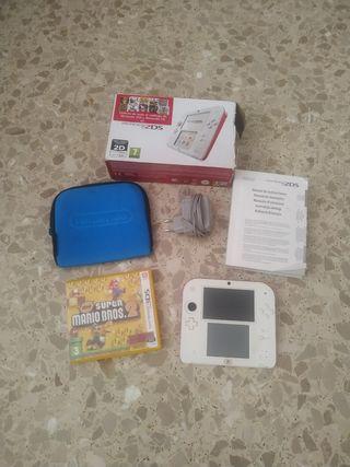 Nintendo 2DS +funda+2 juegos