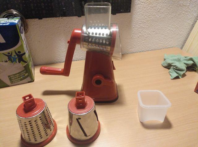 NutriSlicer, Molinillo 3 en 1: Corta, Pica y ralla