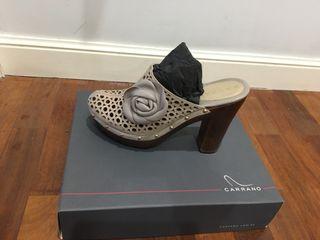 Zapatos de verano marca Carrano