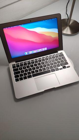Apple Macbook 11,6