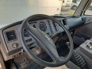 Nissan Atleon 2007