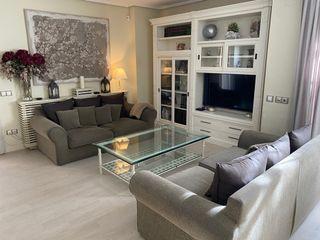 Conjunto sofás y mesa de centro