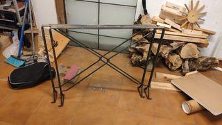 Mesa hierro forja y cristal
