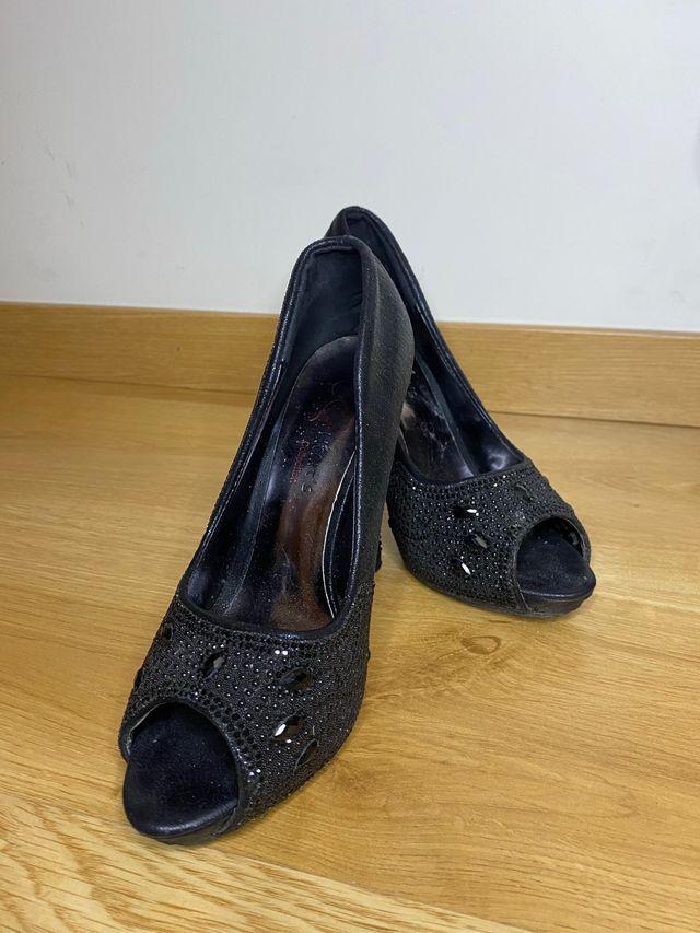 Zapatos de Tacón Alto Negro