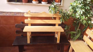 Útiles de madera artesanos