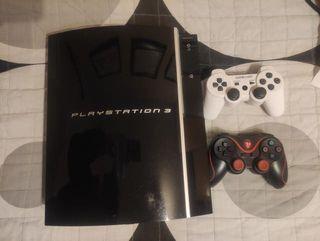 PS3 libre con dos mandos funcionales