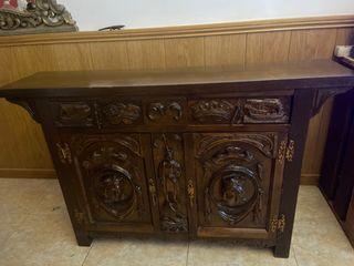 Mueble estilo bargueño