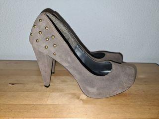 Zapatos tacón alto con tachuelas Blanco Shoes