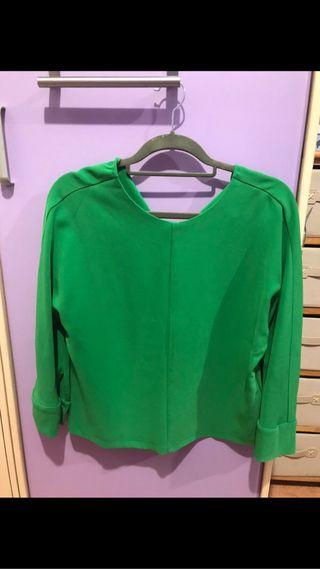 Blusa verde Stradivarius