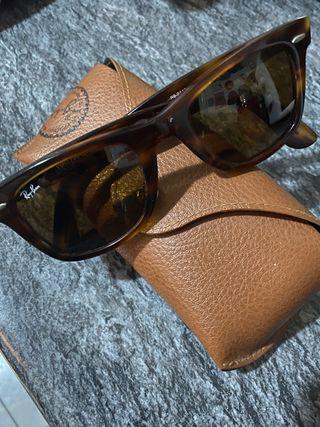 Gafas de sol Ray-Ban modelo Wayfarer Carey