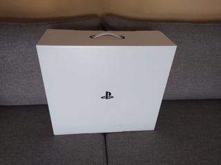 PS4 + 2 mandos + cargador