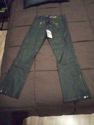 pantalones desigual