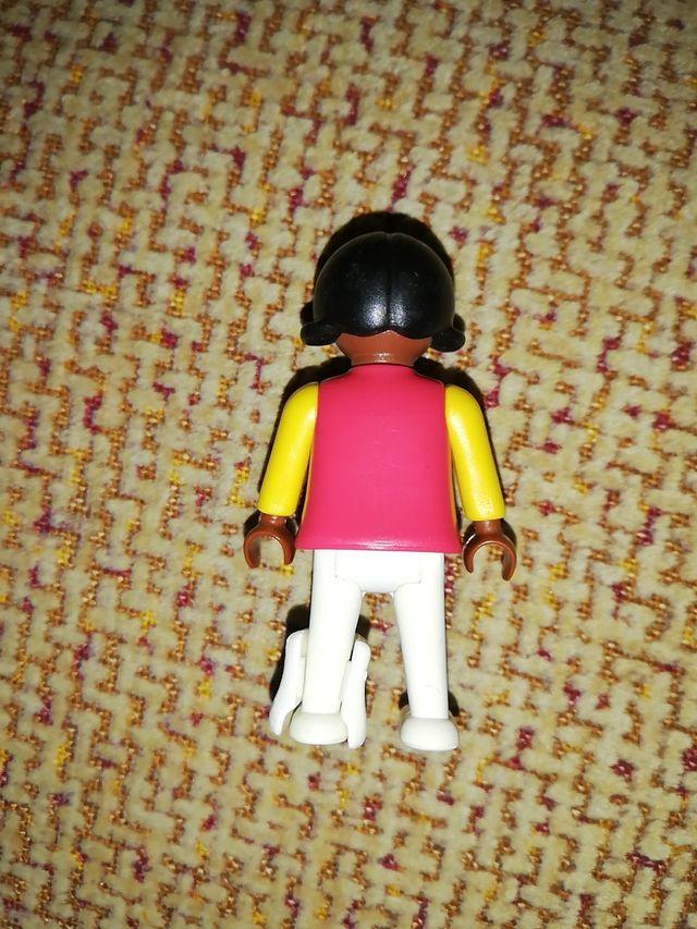niña negra playmobil