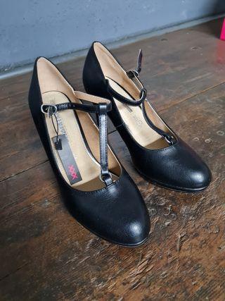 zapatos tacon n39 maria mare negros