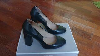 Zapatos verde botella ZARA sin usar
